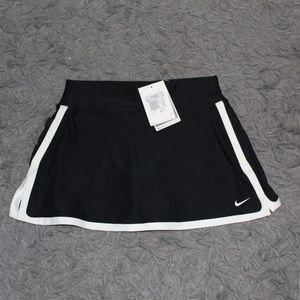 NWT Nike Women's Skort